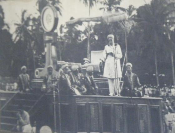 Aga Khan III delivering an address at the Diamond Jubilee in Dar-es-Salaam