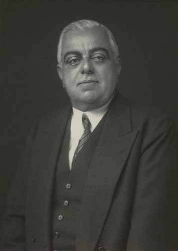 Sir Sultan Muhammad Shah, His Highness the Aga Khan (1877-1957), direct descendant of the Prophet Muhammad (s.a.s) and 48th Imam of the Shia Imami Ismaili Muslims. Photo: Copyright National Portrait Gallery, London.