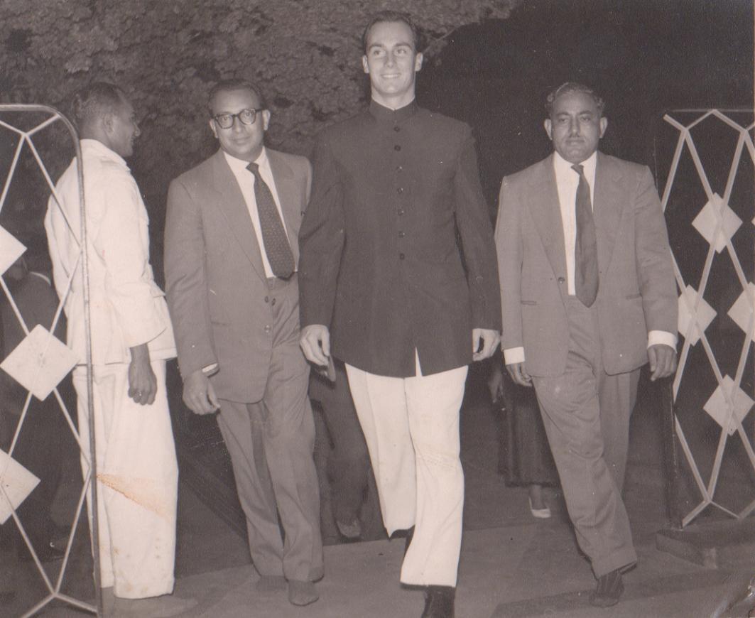 2be83c2991 Memories of Kenya  Vintage Photos of Imam Sultan Muhammad Shah and Mawlana  Hazar Imam