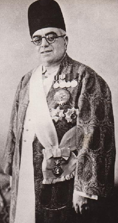His Highness the Aga Khan III,  48th Imam of Shia Imami Ismailis, in full regalia. Photo: Jehangir Merchant Collection.