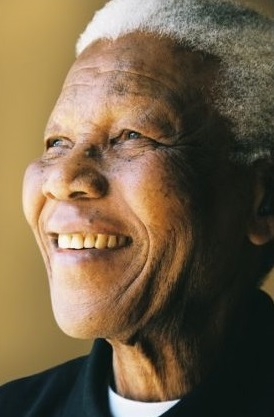 Portrait of Nelson Mandela from a rivate commissioned photo shoot on August 13, 2004, for the Nelson Mandela Foundation. Copyright.