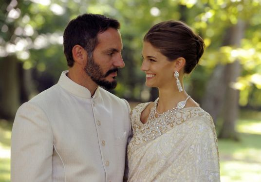 The newly married couple enjoy a moment together on their wedding day. Photo: TheIsmaili / Gary Otte