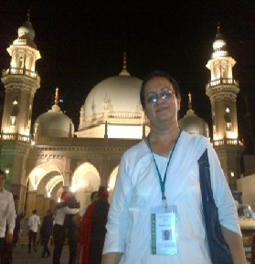 Toral Pradhan pictured recently as a volunteer at Hasanabad, Mumbai, during Mawlana Hazar Imam's visit to India.