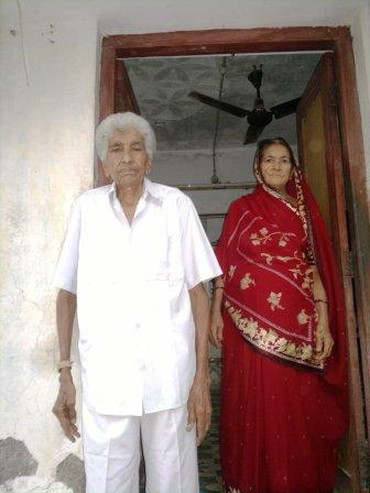 Gulamhusenbhai and Kulsambahen at their home.
