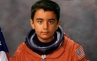11 - Qayl as an astronaut