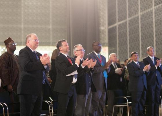 Executive members of the RAIC and Ismaili leaders, at right, Vazir Shafik Sachedina and Canada's Aga Khan Council President, Malik Talib, applaud as His Highness the Aga Khan is presented with the 2013 RAIC Gold Medal. Photo: © AKDN/Mo Govindji.