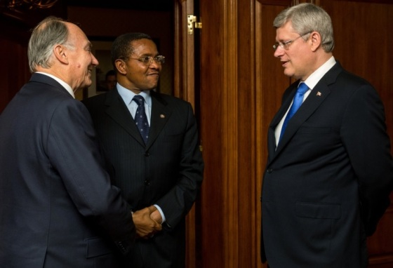 His Highness the Aga Khan, President Kikwete of Tanzania and Prime Minister Stephen Harper of Canada, who hosted the 3 days summit in Toronto. Photo: The website of the Prime Minister of Canada. Copyright.