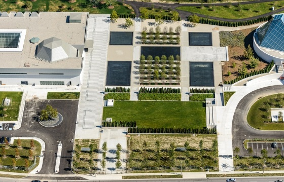 An aerial view of the Aga Khan Museum (left), the Aga Khan Park and the Ismaili Centre. Photo: AKDN/Geoff Grenville. Copyright.