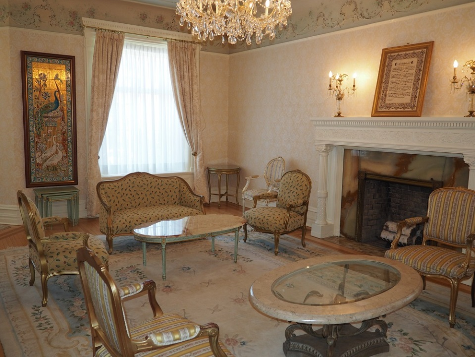 Embassy of Alegeria. The room for receiving diplomats. The room is exquisitely decorated with  art objects. A franed copy of the Algerian National Anthem can be on the wall at the right above the fireplace. Photo: Simerg/Malik Merchant.