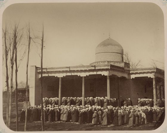 Historical photo: Muslims offering the Eid ul Fitr prayers at  the Sheikhantaur Mosque in Tashkent. Photo created/ published between 1865 and 1872. Credit: The US Library of Congress.