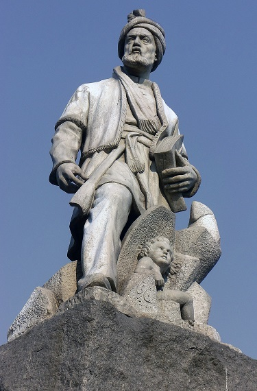 The statue of Ferdowsi in Ferdowsi Square in Tehran. Photo: Wikipedia.