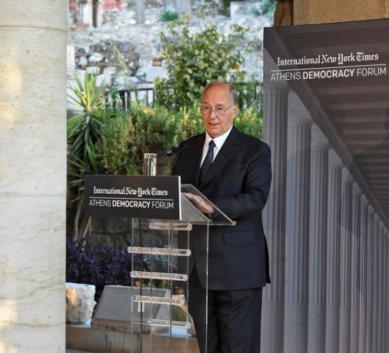 His Highness the Aga Khan delivering the Keynote Address to the 2015 Athens Democracy Forum on September 15, 2015. Photo: AKDN / Gary Otte