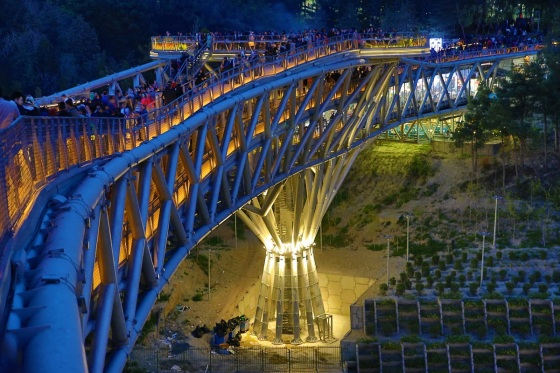 Tabiat Pedestrian Bridge, Tehran, one of 6 projects to win the 2016 Aga Khan Award for Architecture. Please click on photo for coverage of the Aga Khan Award for Architecture