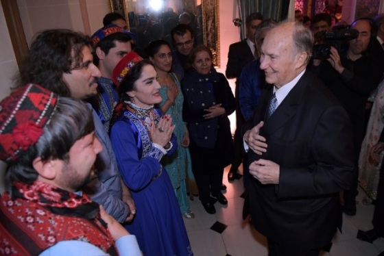 mawlana-hazar-imam-80th-birthday-with-musicians