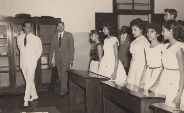 Mawlana Hazar Imam entering a classroom in Lourence Marques