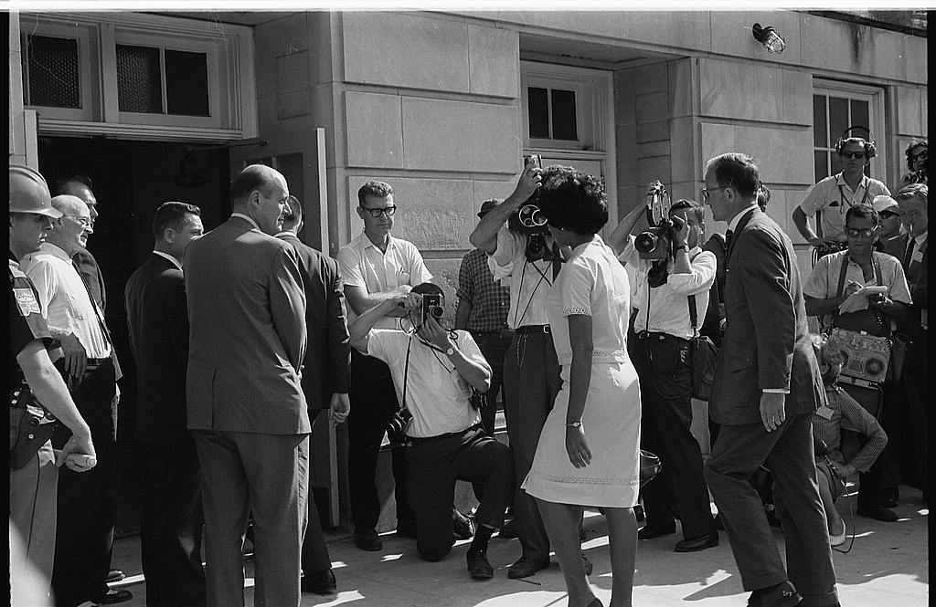 Vivian Malone entering Foster Auditorium to register for classes at the University of Alabama. Photo: Warren K Leffler /US Library of Congress. reproduced in Simerg