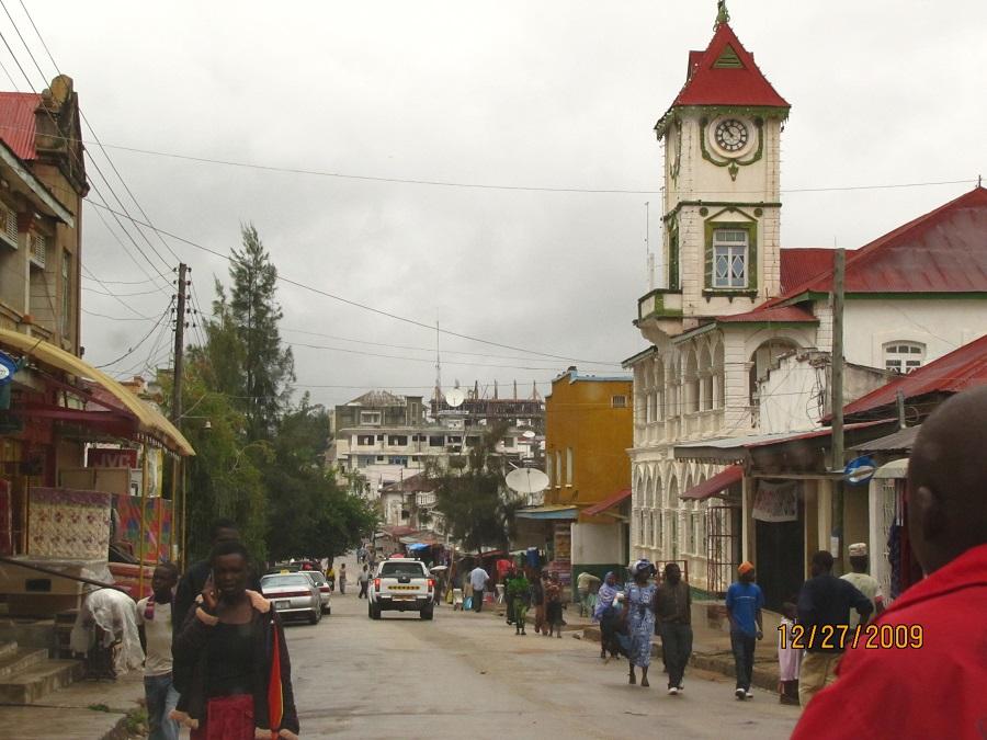 Iringa KIsmaili Jamatkhana, landmark street scene, Simerg.