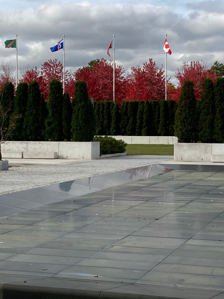Aga Khan Park, Flags of Canada and the Ismaili Imamat