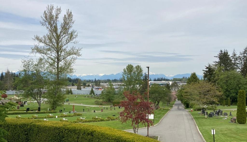 Victory Memorial Park Cemetery, Simerg
